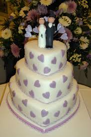 purple hearts wedding cake kayla could do tuquiose instead of