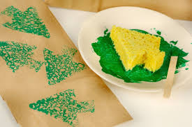 make your own wrapping paper paint your own evergreen wrapping paper sponge paint wrapping paper
