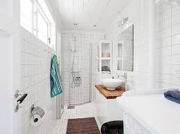 small cottage bathroom designs best 25 small cottage bathrooms