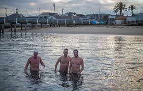 What Is Comfortable Water Temp For Swimming The Icy Addiction Of Swimming In Winter Abc News Australian