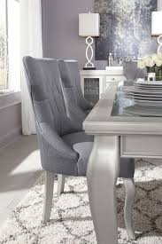 d650 table and 6 chairs