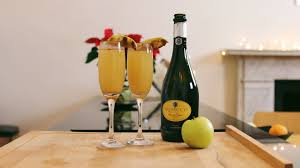 spiced apple mimosa christmas cocktail