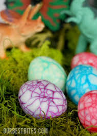 dinosaur easter eggs 10 easy ideas for coloring easter eggs with kids simplykierste