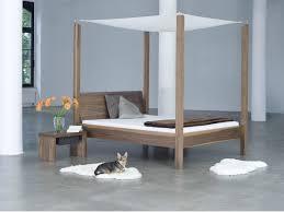 letto matrimoniale a baldacchino legno letti a baldacchino idee di design per la casa rustify us