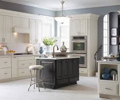 pictures of white kitchen cabinets with island white kitchen cabinets grey island
