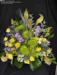 Traditional Flower Arrangement - specialty gardening u0027traditional u0027 flower arrangements 1 by