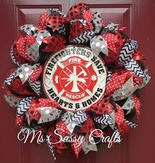 1539 best deco mesh wreaths images on burlap wreaths