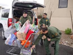 groups provide help cheer to tucson needy homeless local news