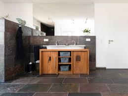 badezimmer schiefer moderne schiefer dusche jonastone naturstein feinsteinzeug