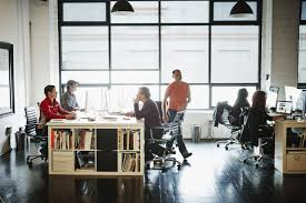 quarter tech workers perceive discrimination