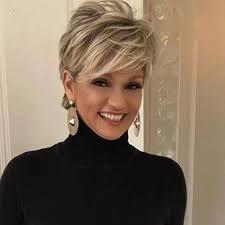 hair cuts for women age 57 layered bob pinteres