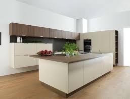 cuisine blanc cassé design interieur meubles îlot central cuisine bois blanc cassé
