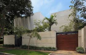 Contemporary Design A Study In Crisp Contemporary Design Exquisite House M In Lima