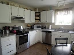 kitchen colors with off white cabinets cream gradation granite