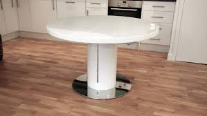 Round Expanding Dining Table by Round Extending Pedestal Table Starrkingschool