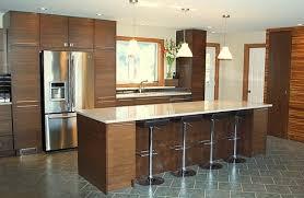 cuisine en noyer comptoir de cuisine noyer image sur le design maison