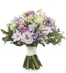 wedding flowers and accessories magazine 31 best contract flowers images on amanda floral