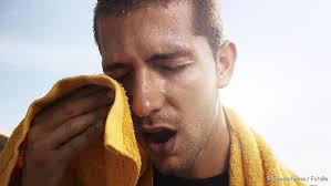 schweißausbrüche schwanger schwitzen hyperhidrose ursachen behandlung hausmittel