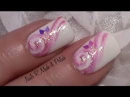 nagellack designs rosa glitter schnörkel nageldesign fingernägel lackieren mit