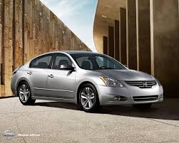 Nissan Altima Manual - car buyers guide for buying a nissan altima sedan car finder