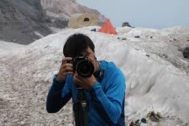 sle resume for newspaper journalist salary reporters notebook reporter s notebook too much adventure in rainier s ice caves the