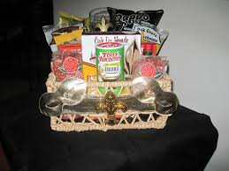 new orleans gift baskets a taste of new orleans gift basket thing s to try