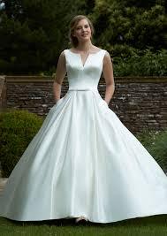 wedding dress outlet lovable online wedding dresses designer wedding dresses outlet