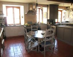repeindre cuisine chene relooking de cuisine rustique relooker une cuisine rustique