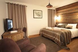 les 3 chambres location chalet vaujany appartement renoncule 6 8 pers 3 chambres