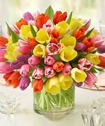flower delivery kansas city ultimate tulip bouquet kansas city florist flower delivery