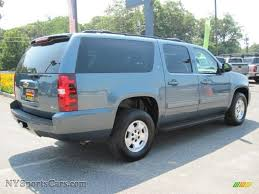 chevy suburban blue 2010 chevrolet suburban lt 4x4 in blue granite metallic photo 3