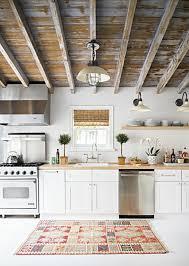 comment decorer ma cuisine comment decorer ma cuisine 8 cuisine avec poutre en bois poutre