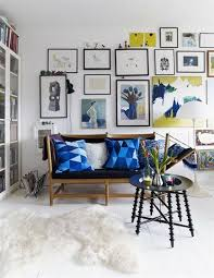 contemporary livingroom gallery wall in 30 contemporary living room designs rilane