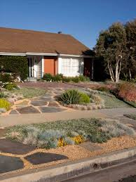 Beach House Backyard Modern Desert Landscaping Fleagorcom