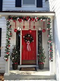 christmas porch decorations 25 amazing christmas front porch decorating ideas instaloverz