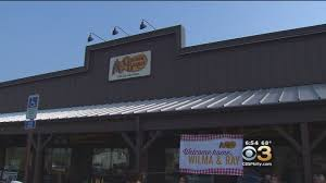 couple finishes goal to eat at every cracker barrel restaurant in couple finishes goal to eat at every cracker barrel restaurant in us cbs philly