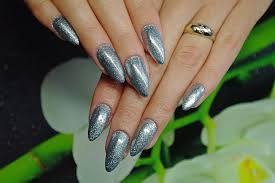 63 extremely bold and ultra chic metallic nails that are sure to