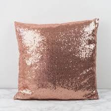 Pink Bedroom Cushions - best 25 gold cushions ideas on pinterest rose gold bedroom