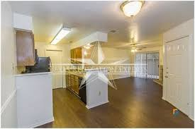 Fireplace San Antonio by 925 2 Br Cozy Townhome With Fireplace San Antonio