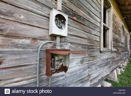 an old farm house in wildwood florida usa with it u0027s power meter