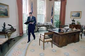 reagan oval office can you spot the huge difference between trump s oval office and his