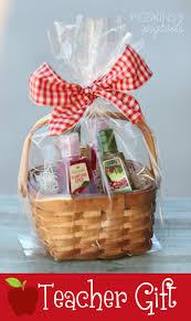 Teacher Gift Basket Apple Teacher Gift Idea Pigskins U0026 Pigtails