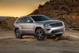 jeep grand cherokee 2017 2017 jeep grand cherokee design and equipment upgrades