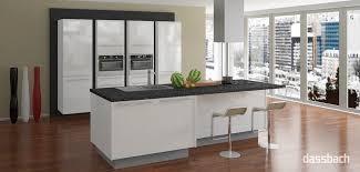 moderne kche mit kleiner insel moderne küche mit insel ausgeglichenes auf deko ideen auch küchen