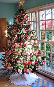 real tree decorated are real or artificial trees more