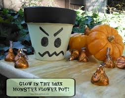 halloween can crafts easy halloween crafts day 3 the country chic cottage