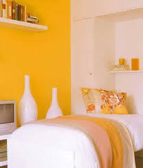Space Bedroom Ideas by 22 Space Saving Bedroom Ideas To Maximize Space In Small Rooms