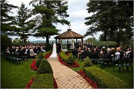 cheap wedding venues in michigan pine knob mansion and carriage house wedding photography arising