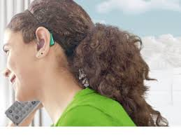 hairstyle that covers hearing aid wearer hearing aids and solutions for teens phonak