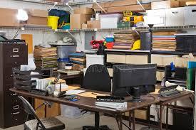 entrepot bureau bureau occupé d expédition et de réception de bureau d entrepôt